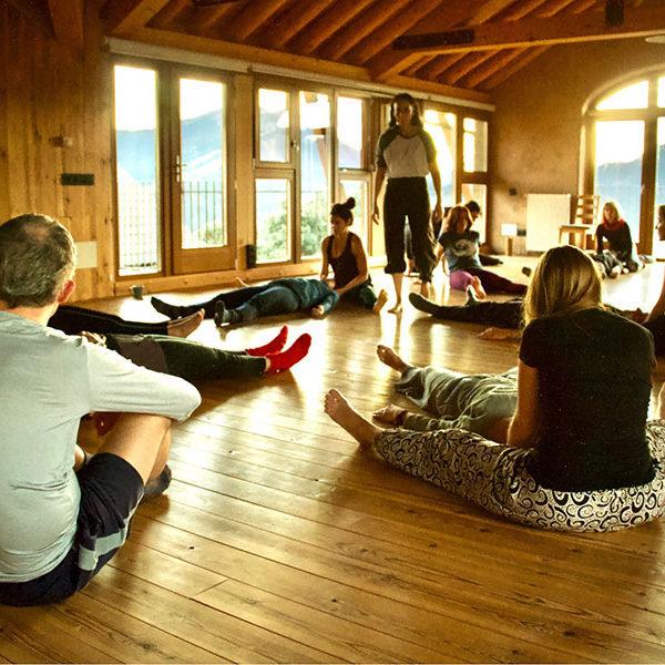 Casa Cuadrau | Retiros de Yoga, Arte y Senderismo