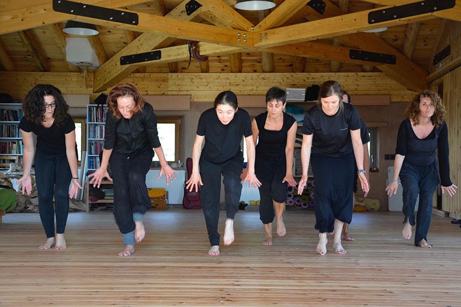 2015 Sala de yoga nueva y retiro de teatro