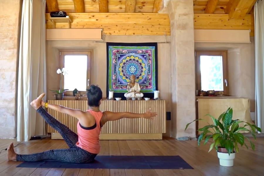 Sesión de Yoga Torsiones Casa Cuadrau