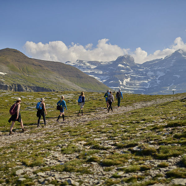 casa-cuadrau-monte-perdido-pirineos-yoga-meditacion-senderismo-retiros
