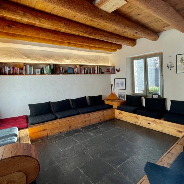 yoga-retreat-eco-center-spain-pyrenees