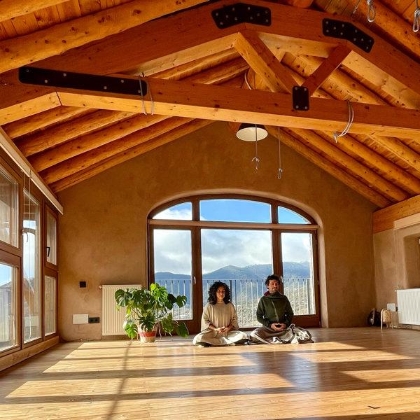 bono-mensual-yoga-meditacion-online-casa-cuadrau
