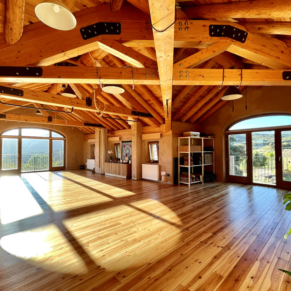 shala-casa-cuadrau-yoga-retreats-pyrenees